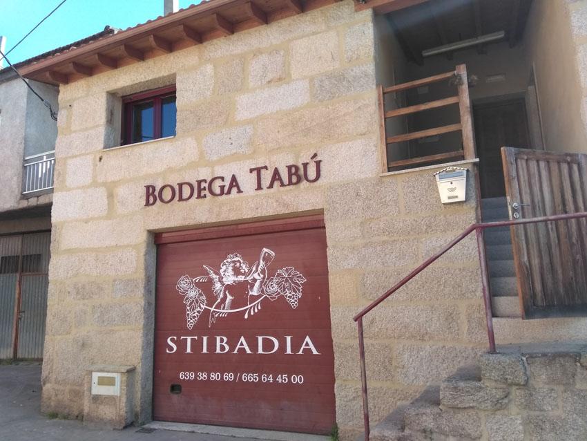 052 Bodegas Tabú